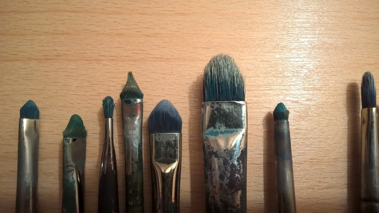 Brushes for oil paint